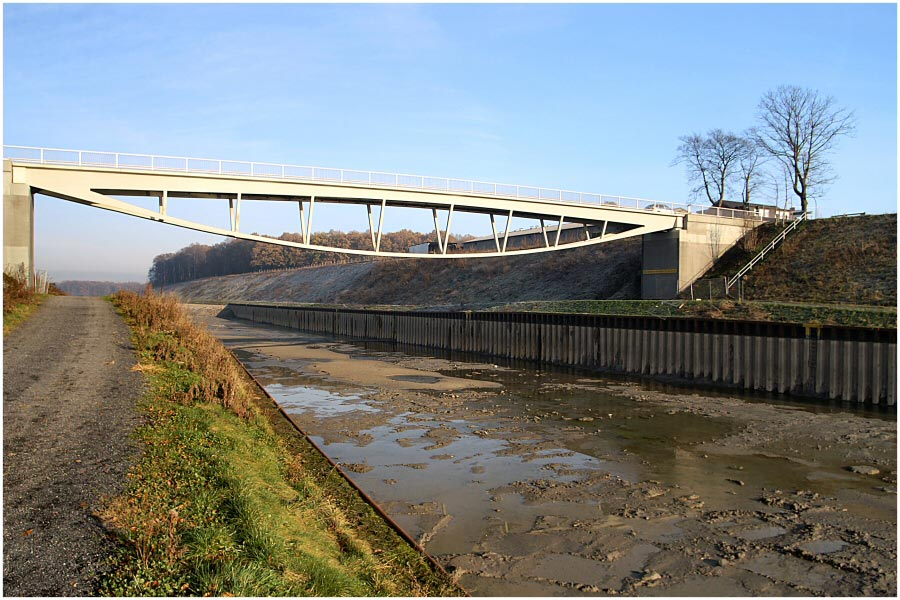 Kanal ohne Wasser