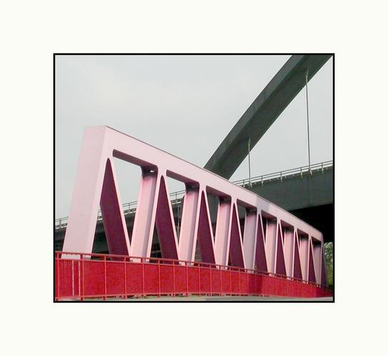 Kanalbrücke und Autobahnbrücke A42