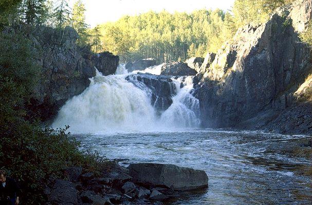 Kap Kig Iwan Falls in Ontario