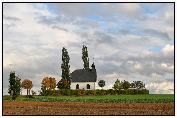 Kapelle Mertloch im Herbst