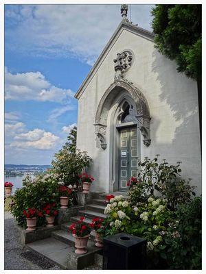Kapelle mit Blick auf die Insel Reichenau