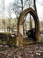 Kapellenruine im Park von Wechselburg