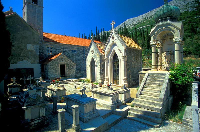 Kapitänsfriedhof über Orebic am Kapuzienerkloster