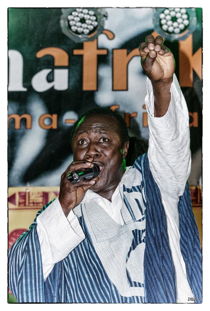Karim Camera - Sänger Mama Afrika