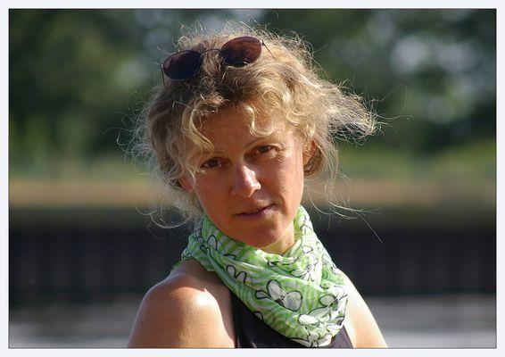 Karin am Weserwehr