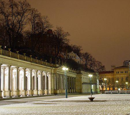 Karlsbad bei Nacht