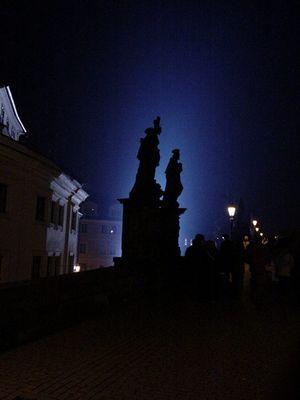 Karlsbrücke by night