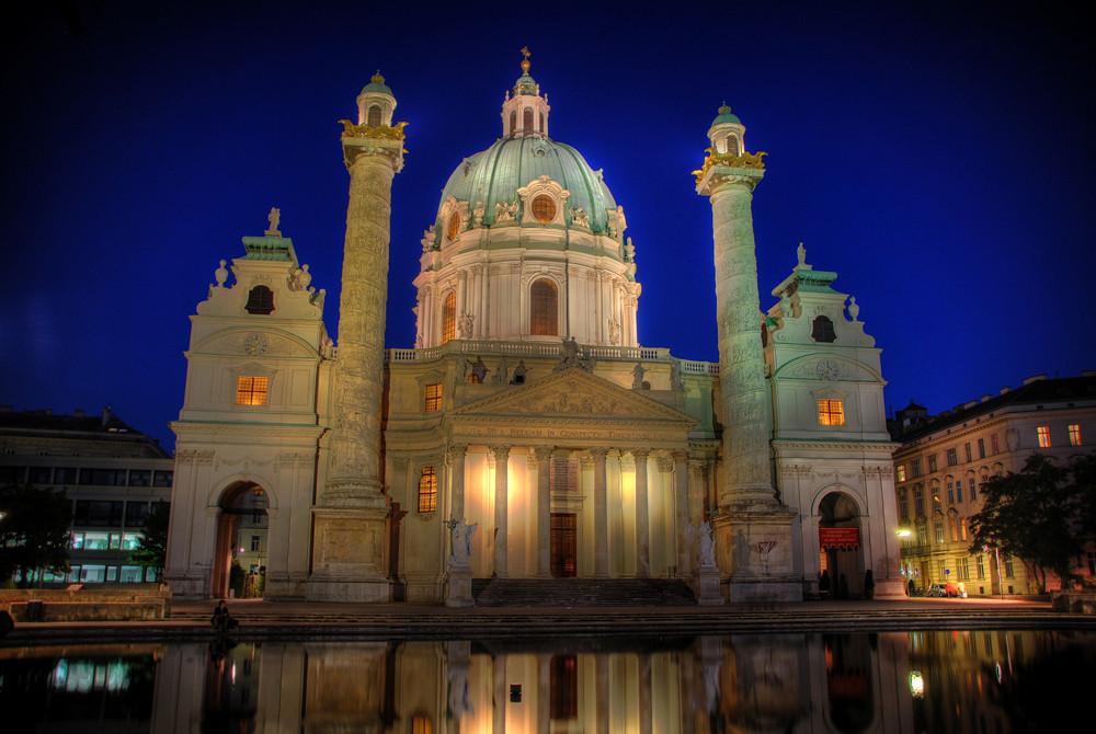 Karlskirche in Wien (HDR)