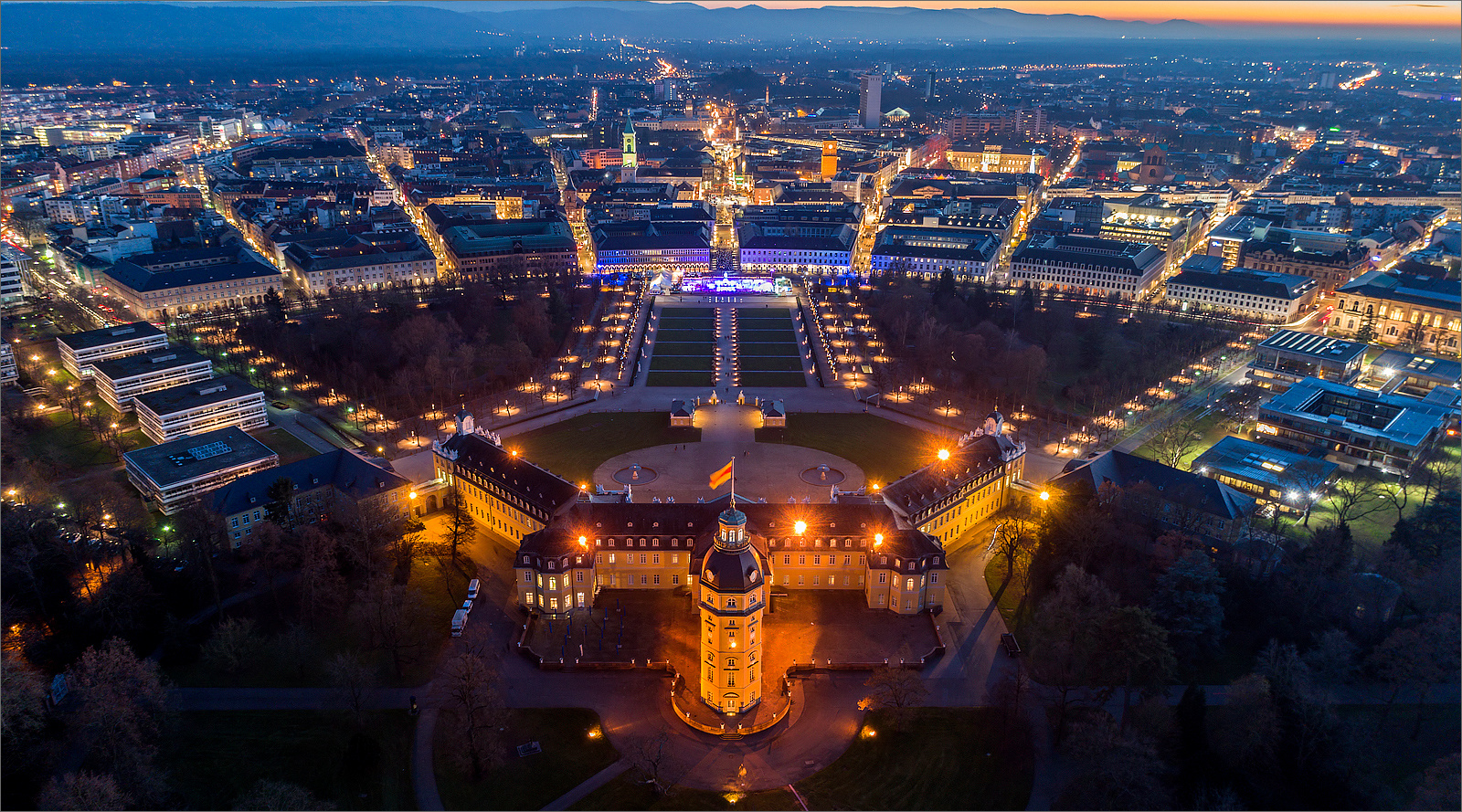 karlsruhe night foto bild night schloss baden bilder auf fotocommunity. Black Bedroom Furniture Sets. Home Design Ideas