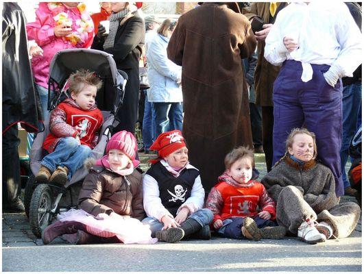 Karneval in Ratingen 7 -beste Plätze reservieren -