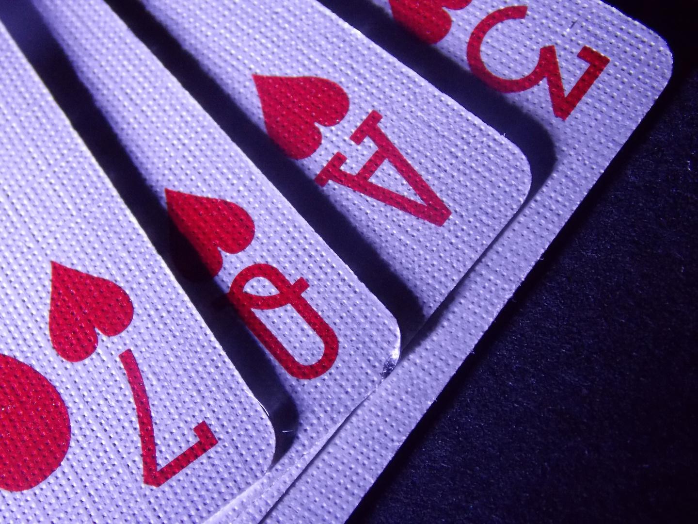 """Karten in """"Love"""" Form"""
