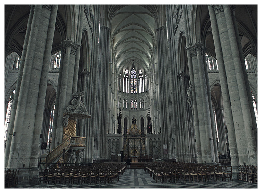 Kathedrale in Amiens 02