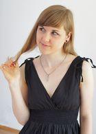 Kathi: romantic black dress 1