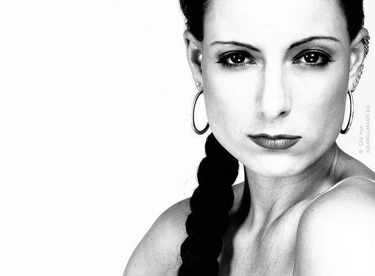 Katrin Wontorra - straight