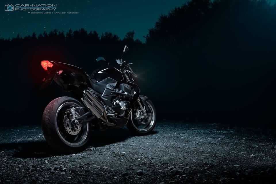 Kawasaki Z1000 2