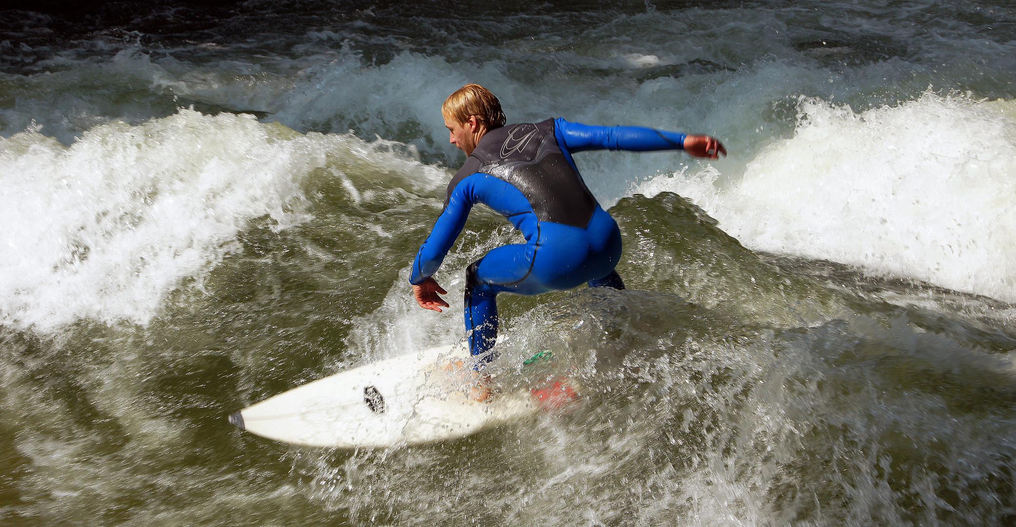 - - - Keep Surfing - - -