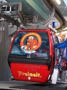 Kein Feuerwehrfahrzeug - sondern eine Seilbahn