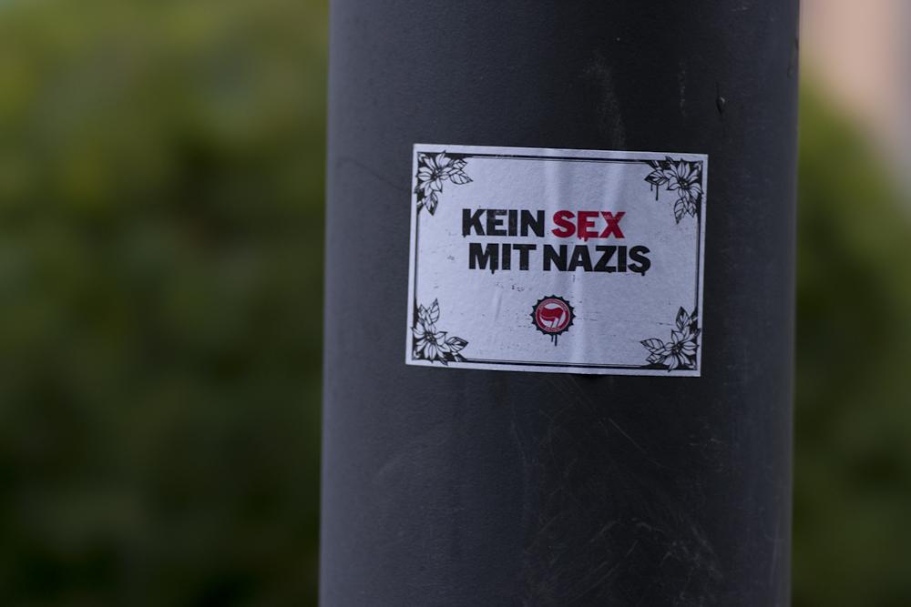 KEIN SEX MIT NAZIS !