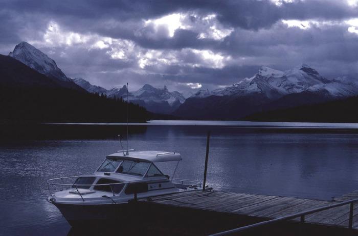 kein Sonnenschein am Maligne Lake