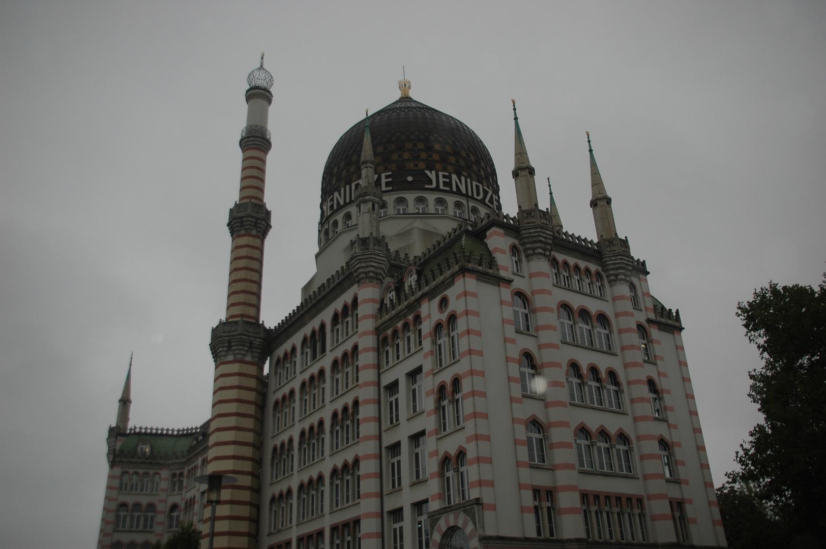 Keine Moschee, sondern die alte Zigarettenfabrik in Dresden