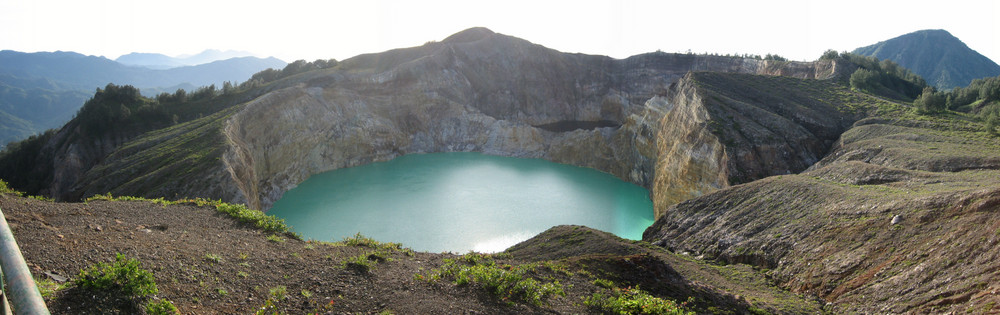 Kelimutu Krater auf Flores / Indonesien