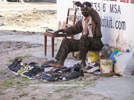 Kenia Schuhverkäufer / Rep.