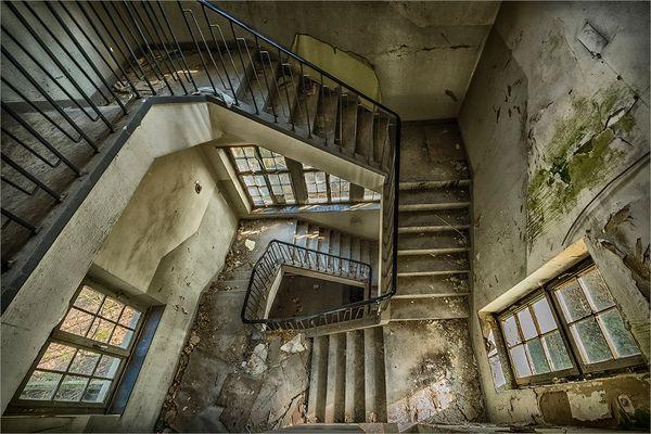 kent school downstairs