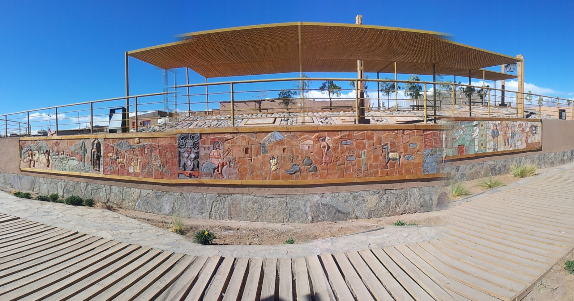 Keramik an der Mauer, Likanantai-Motive, Atacama la Grande