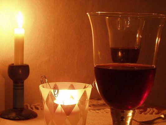 Kerzenschein, mit einen guten Wein !