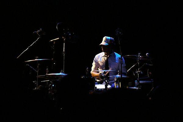 Keziah Jones - drummer