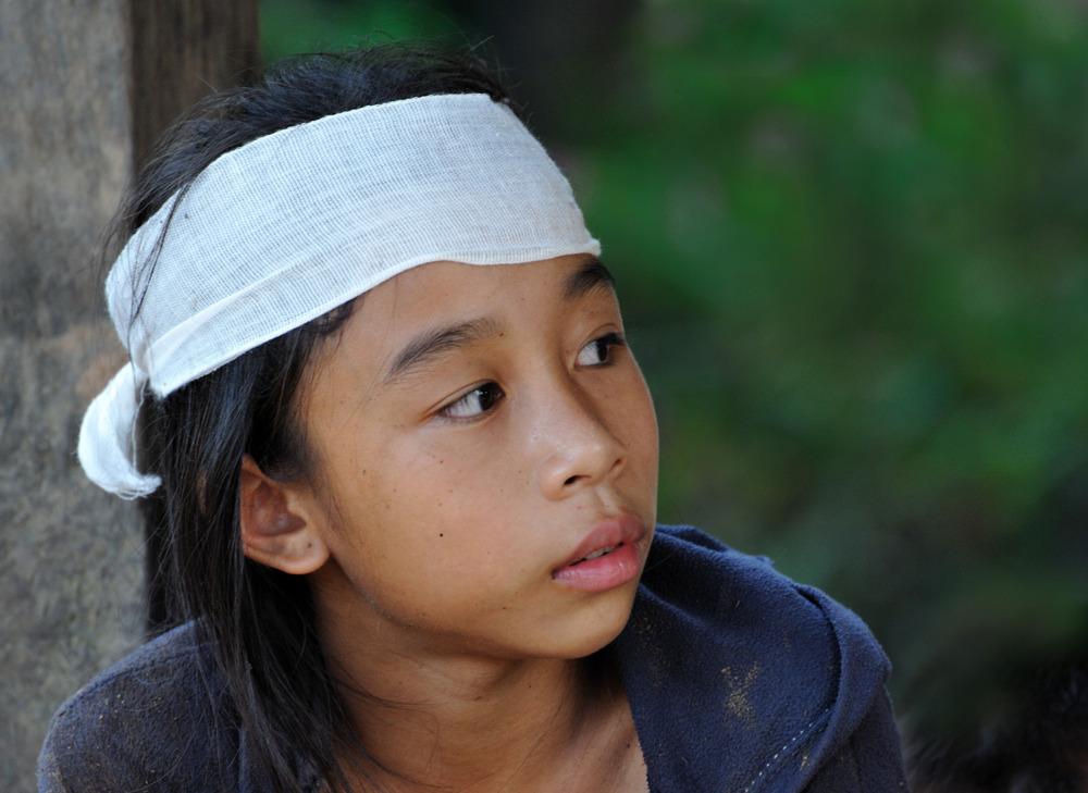 Khamu girl 14 b