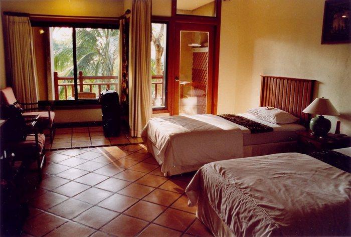 Khao Lak Beach Resort Hotel
