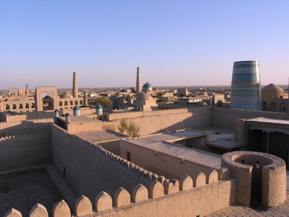 Khiva al tramonto