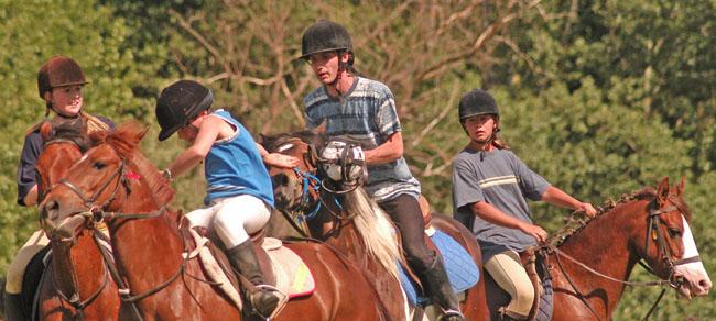 Kiddies beim Horseball