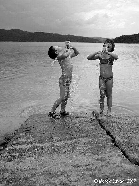 kids and water