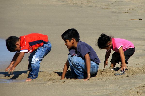 Kids, Sand and Water