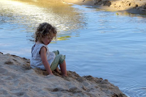 Kids, Water and Sand