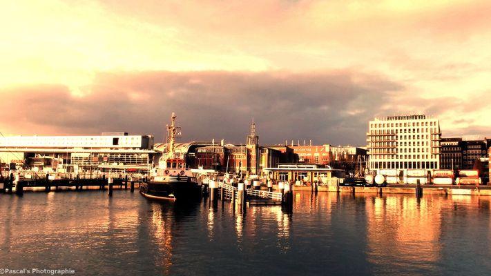 Kiel im Sonnenuntergang