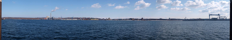 Kieler Hafen zu Ostern