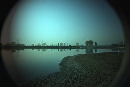 Kiesgrube - Mist Filter od. Gegenlichtblende drauf!