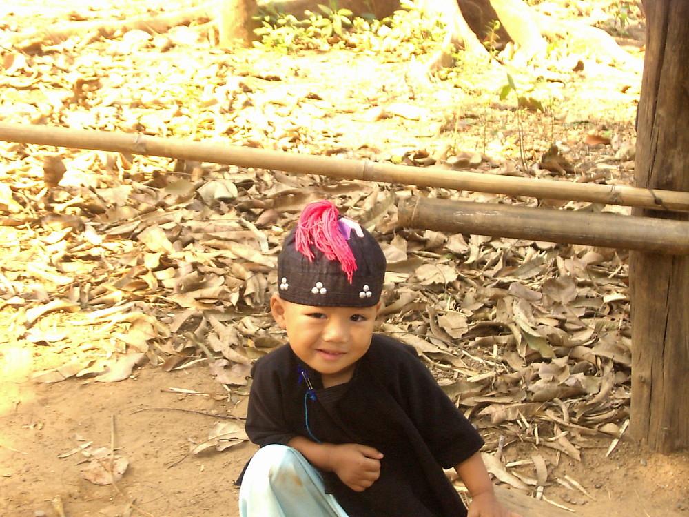 Kind eines Bergstamms in Thailand