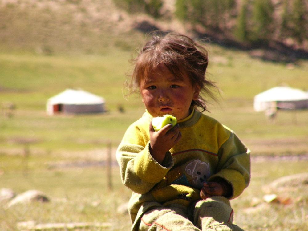 Kind in der Mongolei