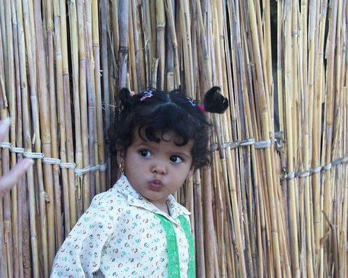 .Kind mit Heimat Wüste