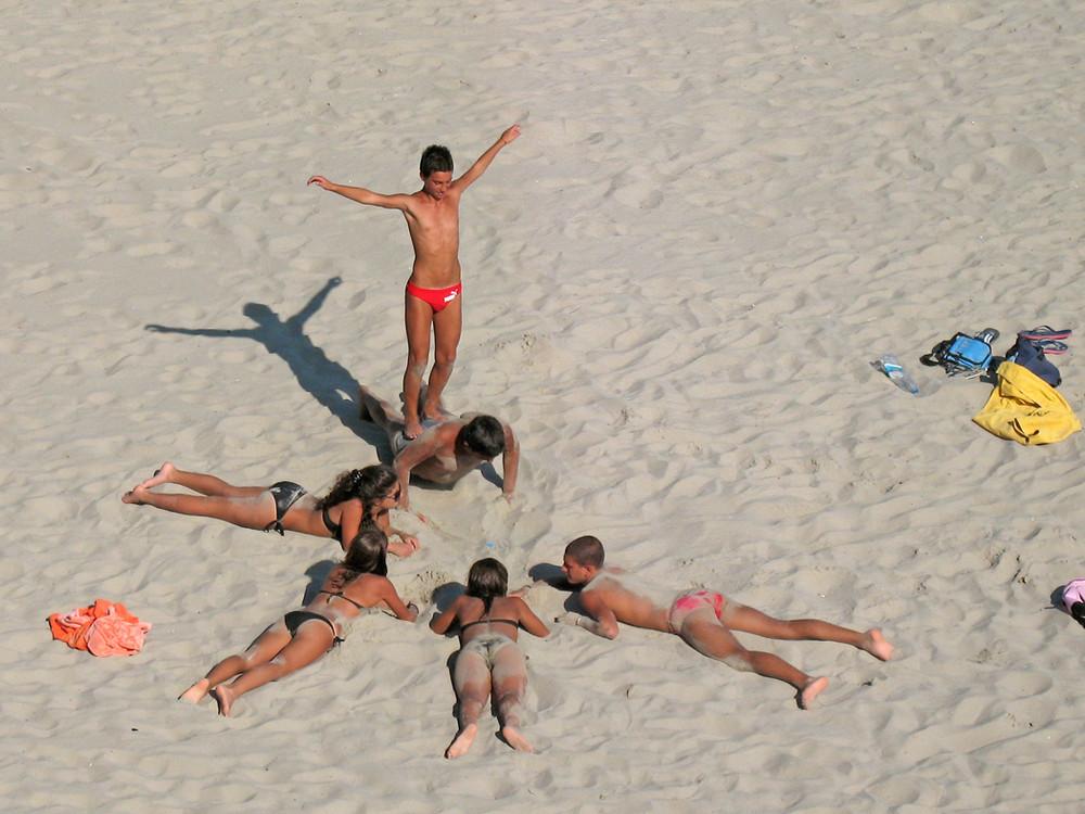 Kinder am Strand (Sciacca)