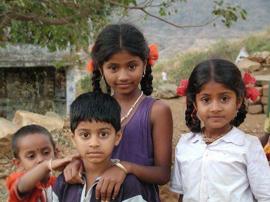Kinder aus Anaikatti  (Tamilnadu)
