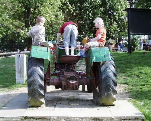 Kinder beim Spielen - Hofheim i.Taunus - Gimbacher Hof