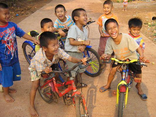 Kinder in Ban Michai