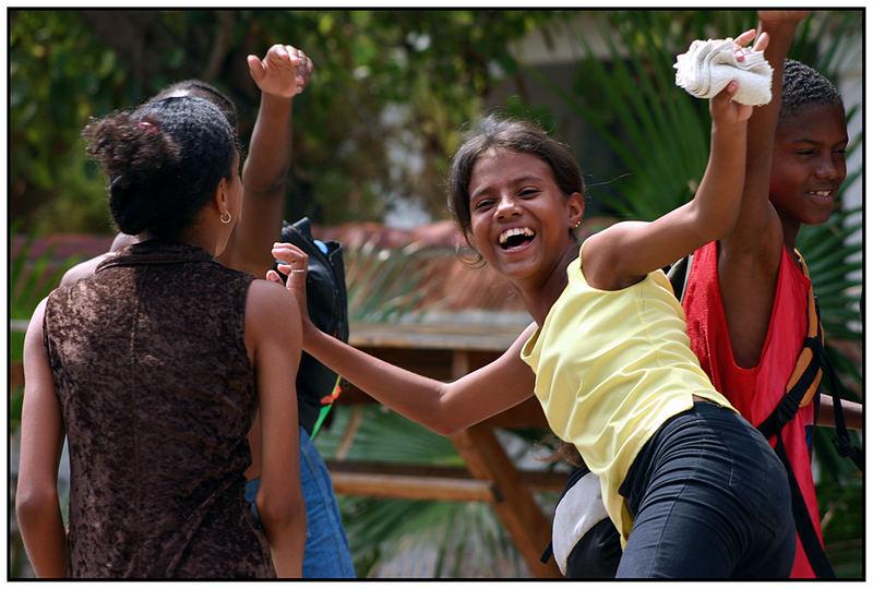 "Kinder in Cuba (9) / Lebensfreude ""pur"" (2)"