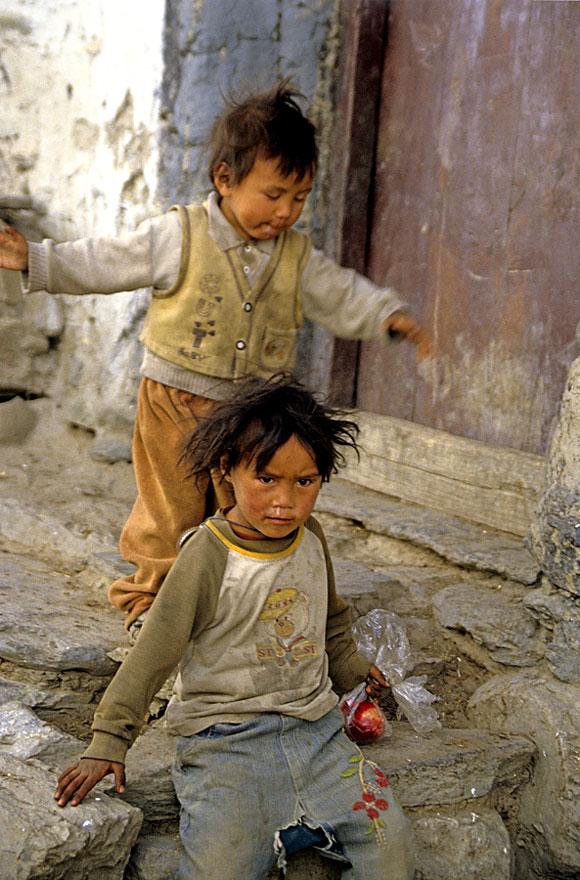 Kinder in Mustang