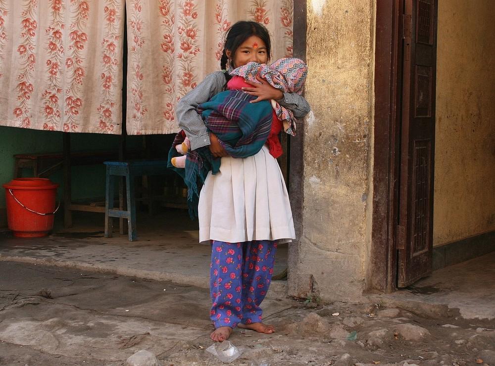 ... Kinder in Nepal - 1 ...